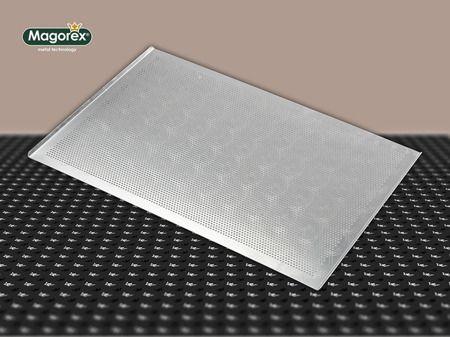 MAGOREX blachy piekarnicze aluminiowe, perforowane 3 mm, 2 rantowe, rant 45°, bez powłoki.