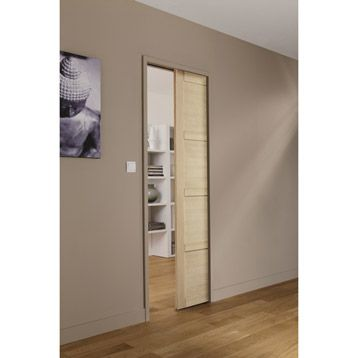 Ensemble porte coulissante Paris en ch�ne   son rail int�gr� dans le mur