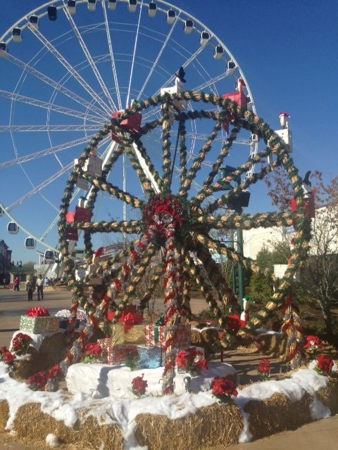 Christmas Decorations In Pigeon Forge Tn : Christmas decorations at the island in pigeon forge