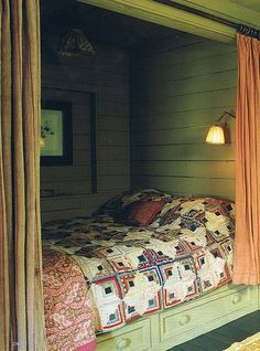 An enclosed bed like this is so cozy, you just want to curl up in it like a cocoon. Mcwhirtermorris.com