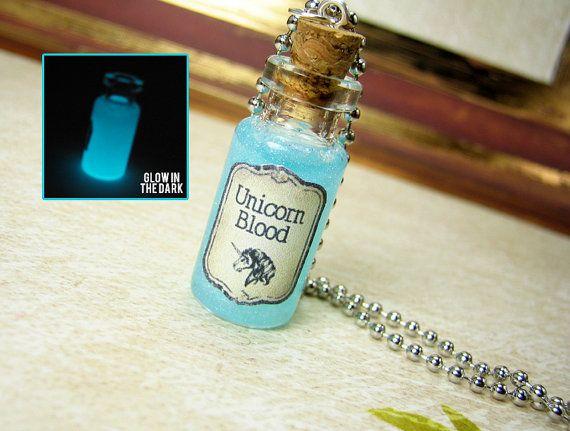 Licorne sang 2ml verre bouteille collier - brille dans le pendentif flacon de Liège sombre - Magic Kawaii charme