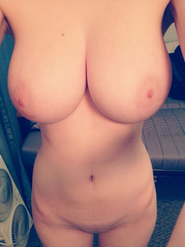 Mine the Amateur wife big boobs nude selfie absolutely