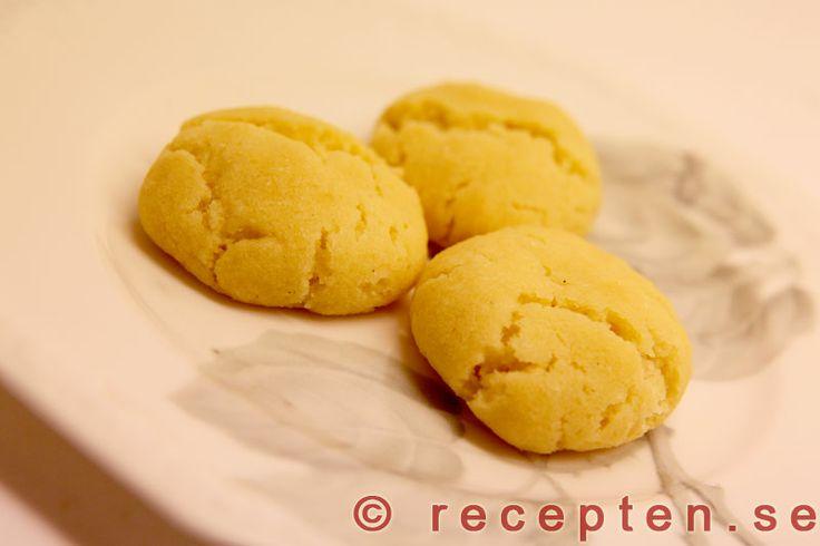 Drömmar - Recept på drömmar. Goda och enkla små kakor. Bilder steg för steg.
