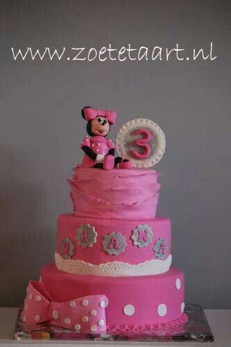 Minnie mouse taart cake pink