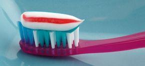 H οδοντόκρεμα μπορεί να αποκτήσει θαυματουργή χρηστικότητα μέσα στο σπίτι... αρκεί να γνωρίζετε πώς να την αξιοποιήσετε.