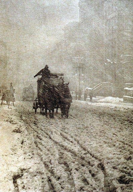 Early photograph: Alfred Stieglitz. Winter on Fifth Avenue. 1892.