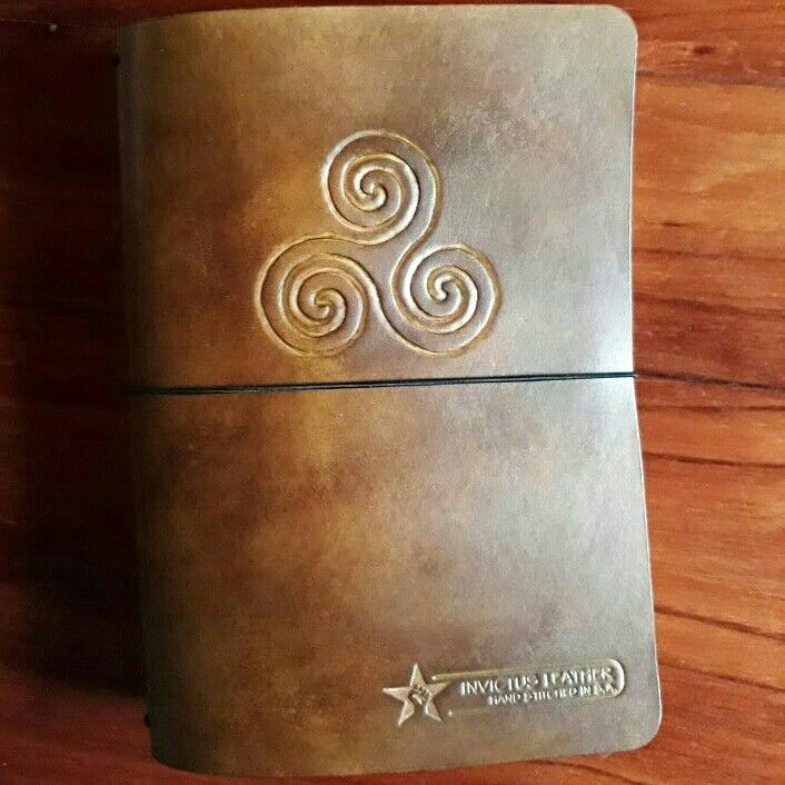 Leather Journal  #invictusleather  #travellersjournal  #leatherjournal  #leather  #leathernotebook  #handstitchedleather   Visit us at: www.facebook.com/invictusleather