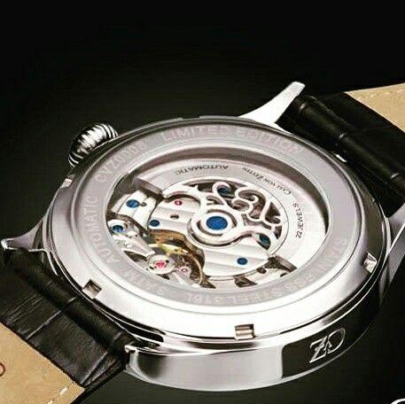 And now the reverse bottom side of the Carl Von Zeyten watch, Made in Germany. ⌚#uigwatch #largegermanwatches #carlvonzeyten #madeingermany #germanwatch #germany #watches #menswatch #divingwatch #diving #watch #watchesfrominstagram #watchporn #watchaddict #watchoftheday #mensstyle #mensfashionstyle #menstuff #mensfashion #menstyleguide #montre #montredesign #armbanduhr #uhren #reloj #relojes #orlogi #fashionwatch #luxurywatch #bottom