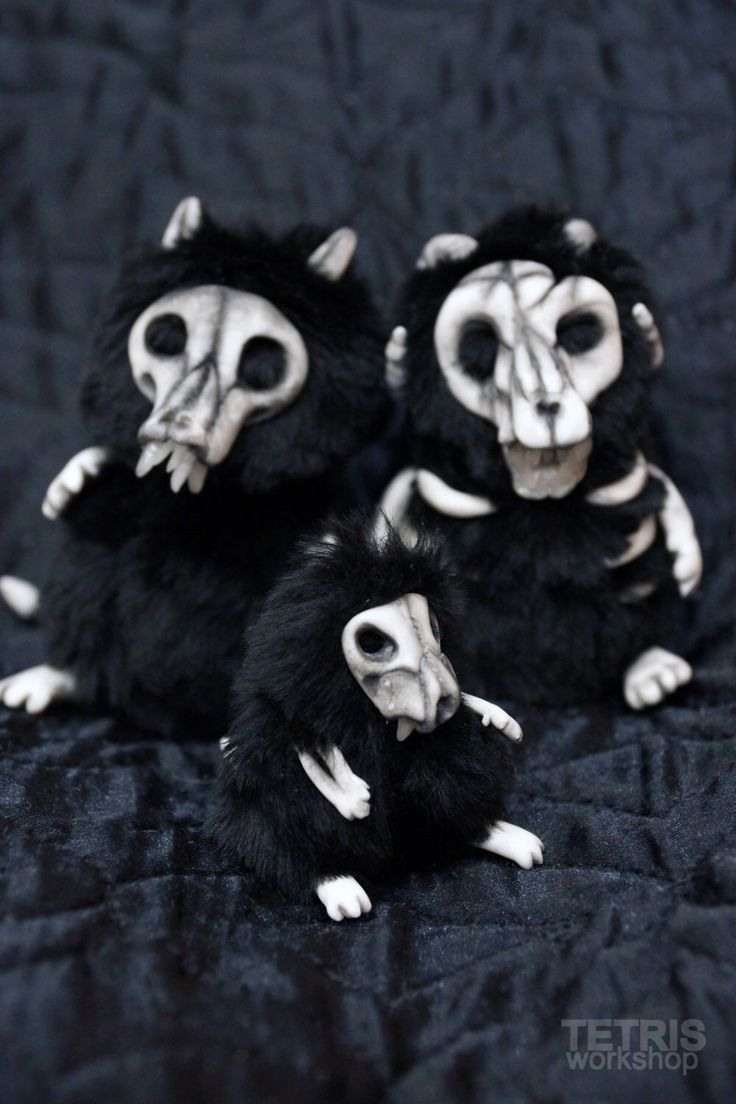 Halloween skeleton 5,5cm by TETRISworkshop on Etsy https://www.etsy.com/listing/476328721/halloween-skeleton-55cm