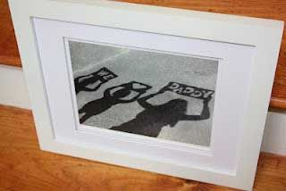 A Special Shadow Picture for Dad - I LOVE THIS!  Such a great piece of homemade art for him to take to the office, how easy and cute!