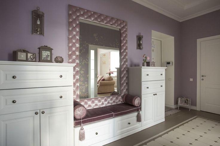 Szép lakások - 55m2-es kétszobás otthon, pasztell színek, lila és púder árnyalatok, klasszikus lakberendezés - Lakberendezés trendMagazin