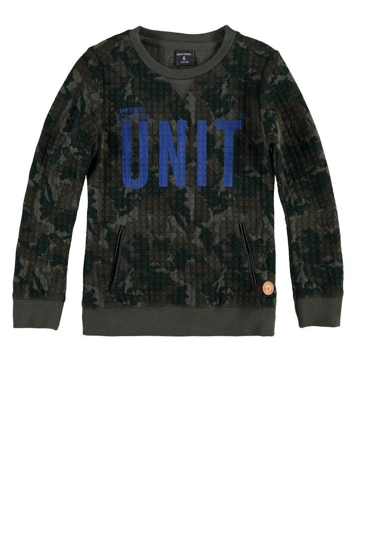 NIEUW: Stoere jongens #sweater in #camouflage allover dessin, met cobalt blauwe opdruk. #bakerbridge #boys #kidsfashion stylenaam: #Kamiel € 54.95 www.bakerbridge.eu