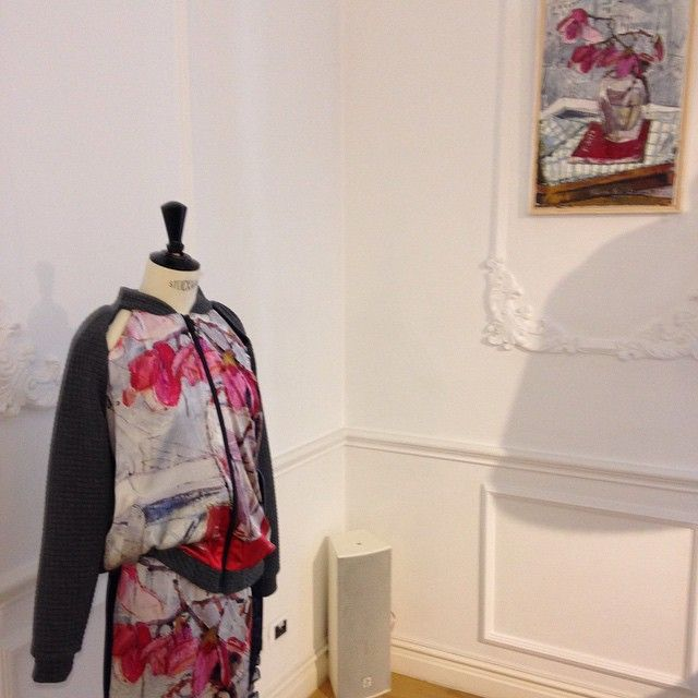 Sketch Magnolia Bomber by ARGO and the Magnolia Painting by Alma Redlinger