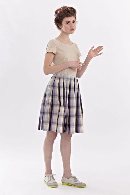 Mrs Pomeranz Платье «Бетти» с накладным воротничком, бежевый верх