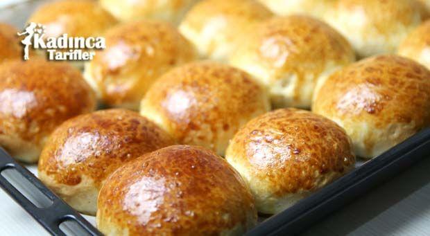 Kahvaltılık Yumuşak Ekmek Tarifi nasıl yapılır? Kahvaltılık Yumuşak Ekmek Tarifi'nin malzemeleri, resimli anlatımı ve yapılışı için tıklayın. Yazar: Sümeyra Temel