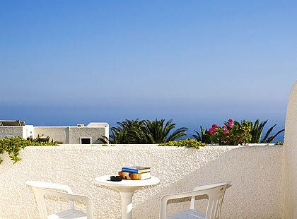 For those who want to strip off during their holidays, destination website Trivago offers a selection of five of the most discreet hotels of this kind in the world, two of which are located in Greece.