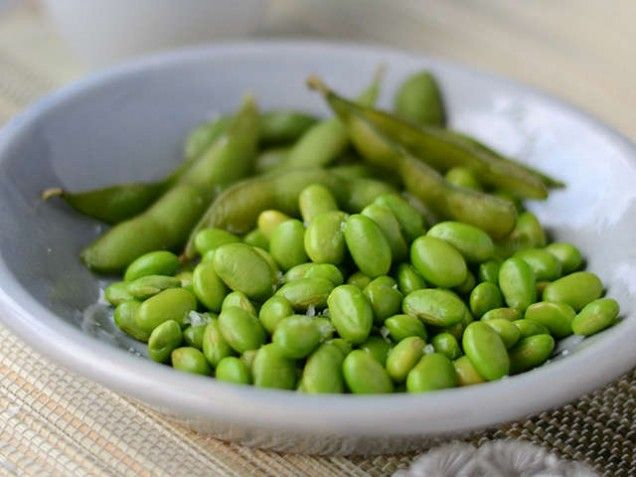 Edamamebönor med flingsalt 98 kcal