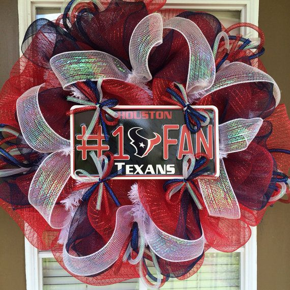 Houston Texans, Door Wreath, Deco Mesh Wreath, Front Door Wreath, Sports Wreath, NFL Wreath. This one of a kind Texans wreath is made of red