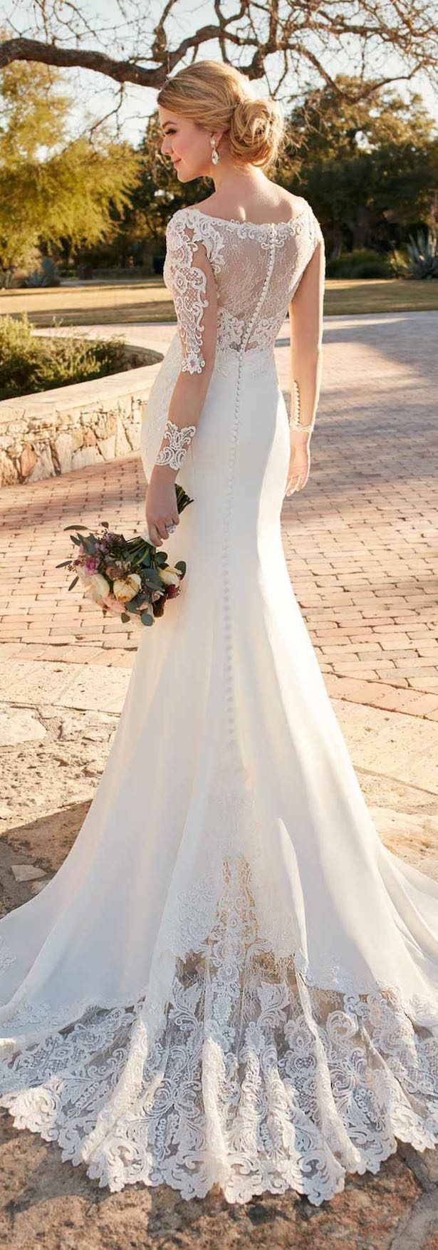 Essense of Australia brings us pretty wedding dresses designed to give the romantic bride a look that combines that WOW factor with timeless sophistication.