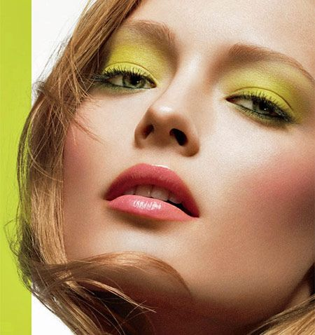 ..I M Beautiful, Face, Beautiful Ads, Cosmetics, Angled, Vintage Beautiful, Beautiful Shots, Beautiful Blog, Green Makeup