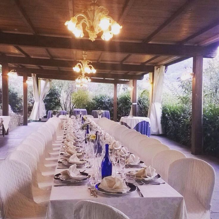 small and intimate wedding #tablesetting #tuscany