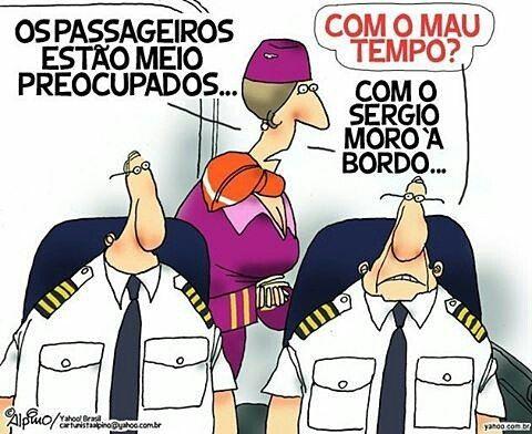 @Regrann from @alpinocartunista - Lava Jato - Charge do Yahoo!Brasil. #charge #yahoo #dibujos #desenhos #historietas #banddesinee #fumetti #comics #humor #politicalcartoons #teori #teorizavascki #lavajato #moro #sergiomoro #aviao #corrupção #policia...