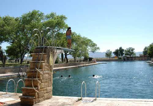 Balmorhea Tx Natural Spring Pool It Has Fish In Texas Pinterest