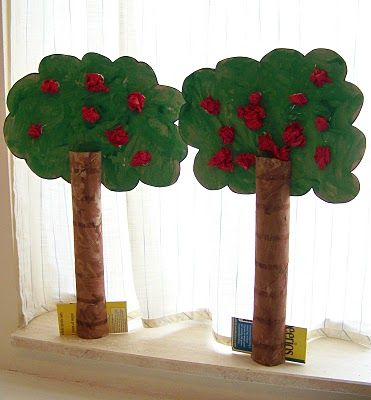Little apple trees... fun craft for a fall or apple unit study. {file under: art, unit study}