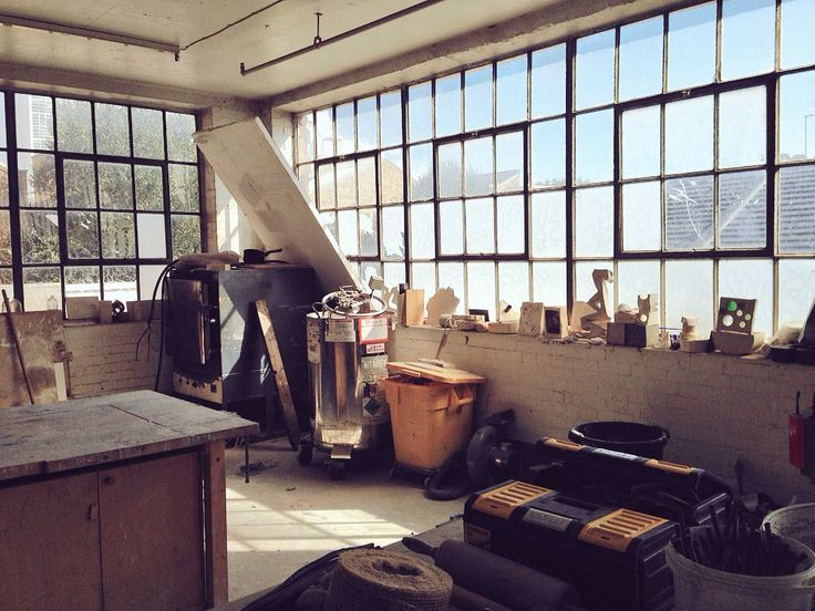 London Sculpture Workshop: artist run space for making sculptural works, facilities & classes including metal working, bronze and pewter casting, mould making and woodwork. Bermondsey London