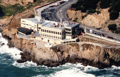 San Francisco Cliff House The Cliff House is not just any other ordinary restaurant - it is a National Landmark steeped in rich and glorious history. Located atop the cliffs north of Ocean Beach, it had 5 major incarnations since its establishment in 1858