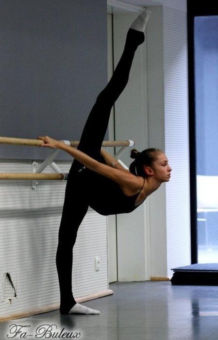 ballet stretch | Cheer...