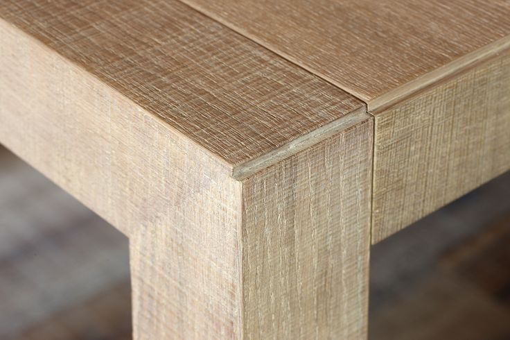 kitchen TIME 45° - detail of table in saw-cut oak