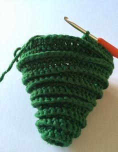 Arboles de Navidad Cadenetas de Crochet - Patrones Crochet                                                                                                                                                      Más