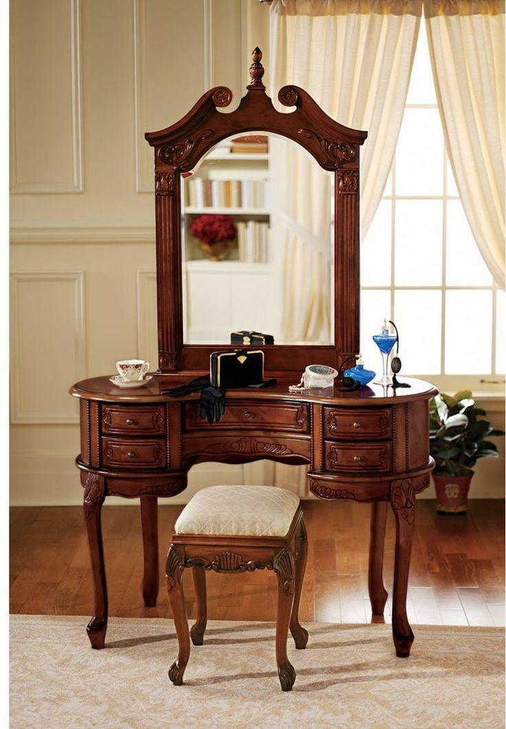 Queen Anne Vanity With Mirror Dressing Table Design
