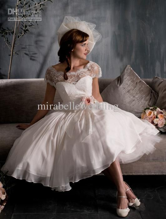 Lovely White Ivory Scoop Cap Sleeve Tea Length Lace Vintage Wedding Dresses  Gown in Ropa 91086d3b80bd