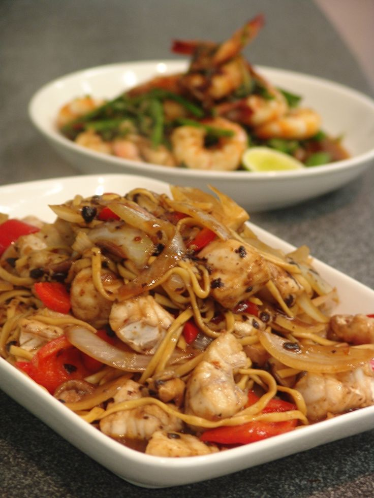 Stir-fried ling with chilli & blackbean sauce - Stir-fired prawns with ginger and asparagus (Stir-fry class)