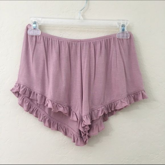 blush vodi shorts brandy melville. one size. brand new with tag, never worn. Brandy Melville Shorts
