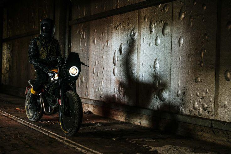 Seni Desain dibuat Ducati Scrambler tampaknya telah melompat keluar dari film Mad Max