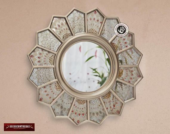 "Espejo Decorativo Redondo, ""Pavo Real"" Espejo color plata  redondo con tecnica del espejo envejecido - Decoracion  hogar - Artesania Peruana"