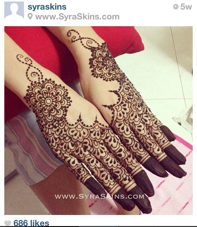 Taken from Syraskins (iG)- They're doing my bridal henna! #excited