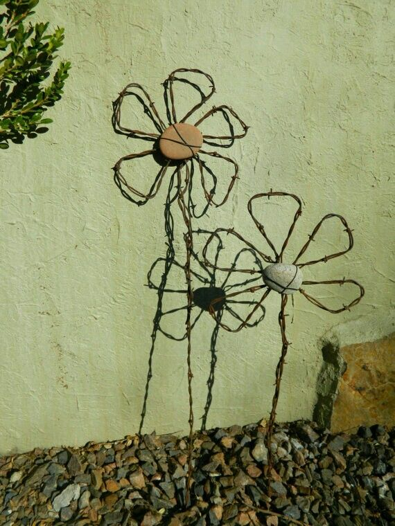 16 best barbed wire decor images on Pinterest | Barb wire crafts ...