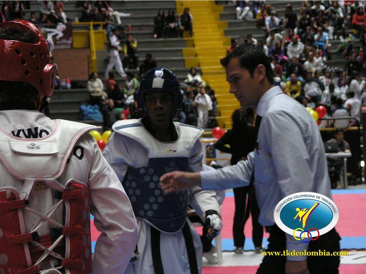 La pasión de la competencia se sentia en cada combate