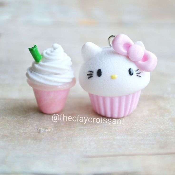 One of the last custom orders that I'll be working on for a while. I was asked to make a few Hello Kitty Cupcakes and Strawberry Frappuccinos and I thought they looked cute together. :3 Had to grab a quick picture. ❤ #polymerclay #polymerclaycharms #claycharms #clay #charms #jewelry #food #foodie #foodjewelry #kawaiifood #pendant #figurine #handmade #diy #etsy #crafts #custom #frappuccino #strawberry #coffee #starbucks #cupcake #hellokitty #kitty #cat #sanrio #kawaiicharms #kawaii #cute…