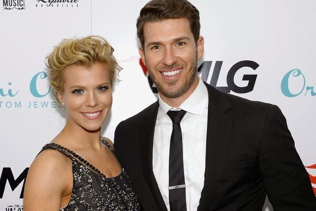 Kimberly Perry marries TX Rangers catcher JP Arencibia