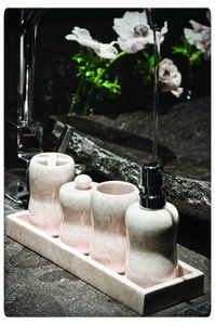 PTMD - Onyx cream Marble bathset pots #marmer #marmeren #marble #bathset #badset @ptmdcollection