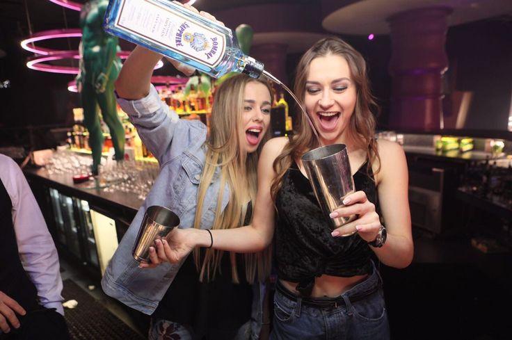 #барменша#бармен#club#cocktail#misic#nightclub