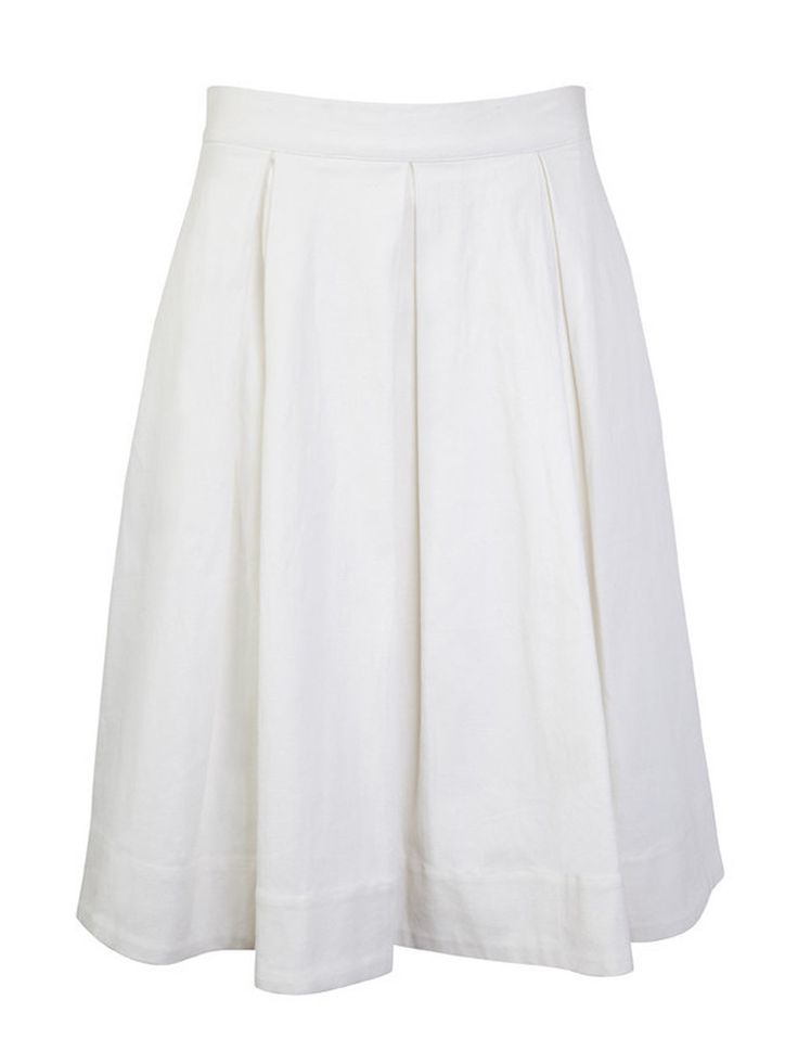 Presenting pretty box pleats, the D'Avola Full Skirt is a supremely flattering style with functional side pockets. The A-line shape presents a fitted waistband and falls to a flattering midi length. For a chic and feminine look, pair this white piece with the Stroked Tank for a chic contrast.  Styling Notes: For a chic and feminine look pair the D'Avola Full Skirt with the Stroked Tank.