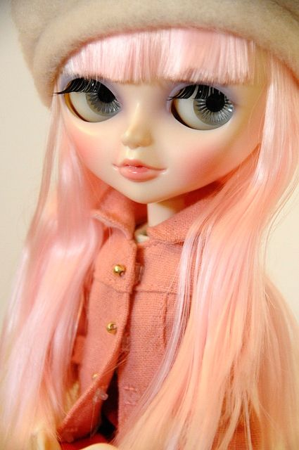 I love this picture so much i had it for my wallpaper for years. I wish I had a pale pink girl like this. :-) and the lovely coat.  Tangkou Doll by xelrahc