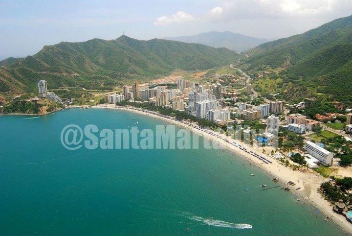 Panorámica Playa El Rodadero (Santa Marta - Colombia) #travel