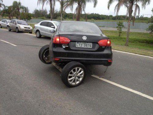 Sein Auto wenden ! LocoPengu - Why so serious?